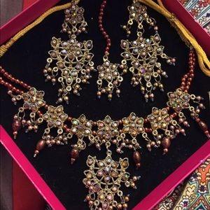Jewelry - Indian Pakistani Punjabi Necklace set